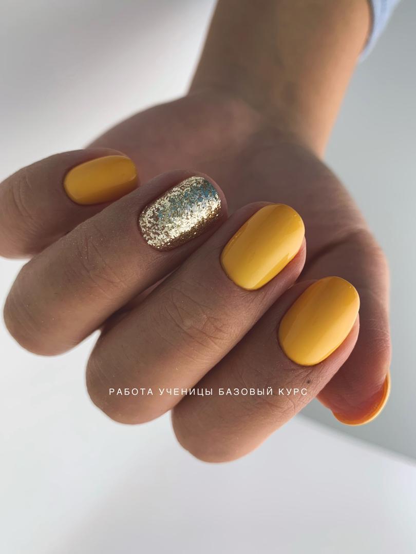 bazovyi manicure1